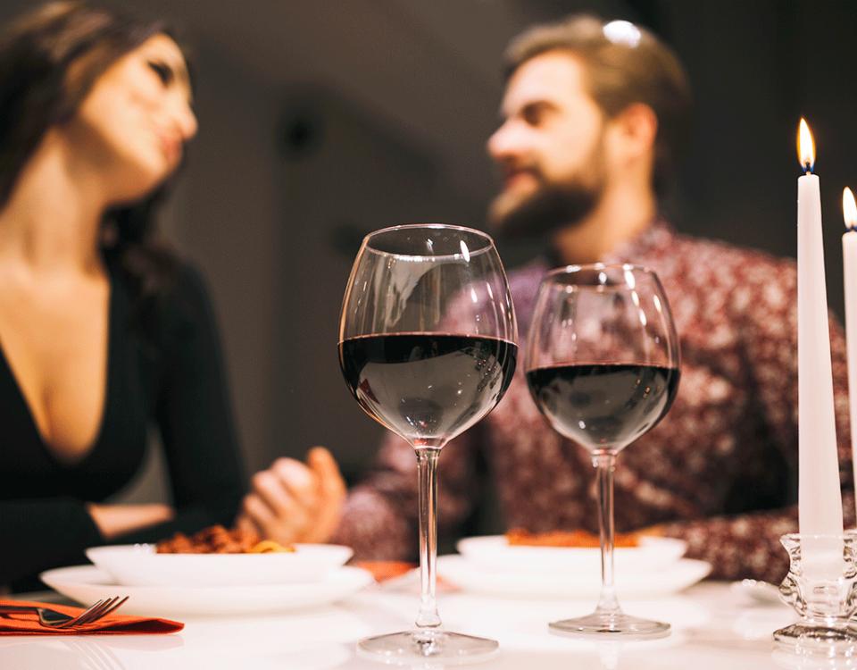 Disfruta con tu pareja alguno de estos excelentes vinos